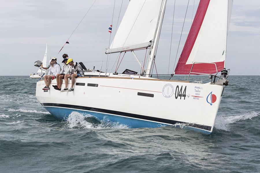 Phailin, Bareboat Charter. Phuket King's Cup Regatta 2017