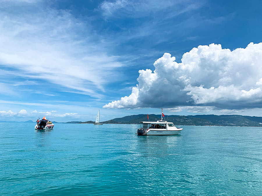 Blue skies, vivid colour and racing action. Two out of three was in store on Day 2 of Samui Regatta 2019.